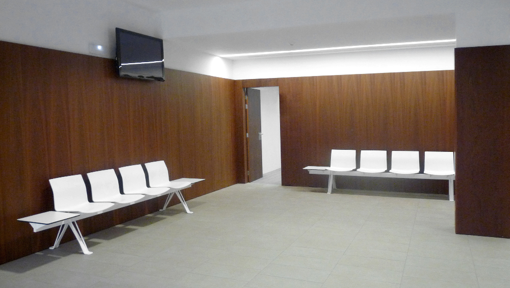 Healthcare – Reception – Waiting areas 8