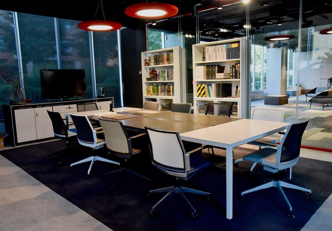 showroom chile fabricante de mobiliario de oficina